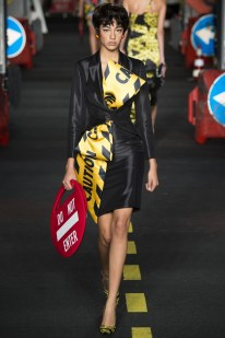 Moschino SS16 Damaris Goodrie